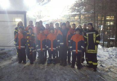 Jugendfeuerwehr Pivitsheide besucht Skispringen