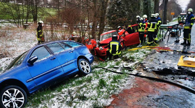 Verkehrsunfall – 3 Fahrzeuge beteiligt