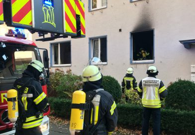 Wohnungsbrand mit Menschenleben in Gefahr